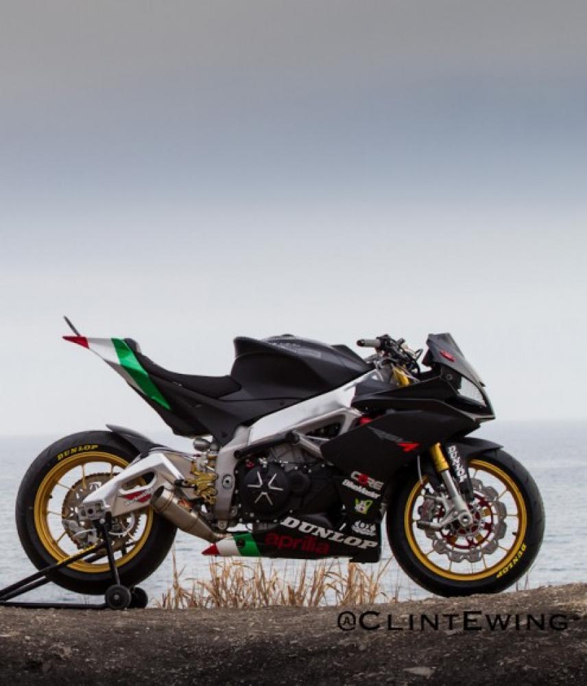 Aprilia RSV4 stuntbike